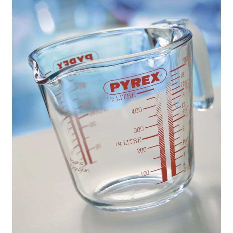 Measuring Jug 1 Pint Pyrex