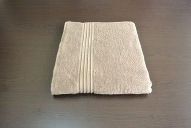 Vortex Bath Towel Light Brown