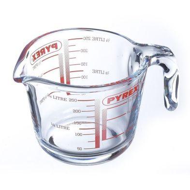 Pyrex 0.25L Measuring Jug