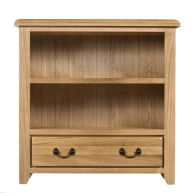 See more information about the Oakham Oak Bookcase - 90cm