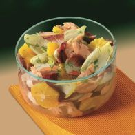 See more information about the Pyrex Round Dish with Plastic Lid 1.1ltr