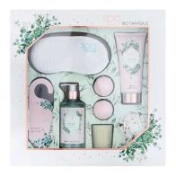 See more information about the Eye Mask Ultimate Home Spa Day Set