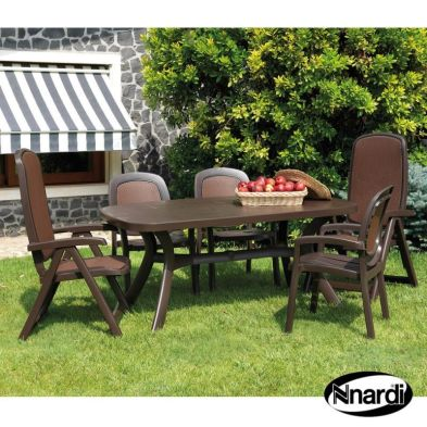 Toscana 165 Garden Furniture Set (Coffee colour with plain top supplied with 2 Delta & 4 Beta Chairs)