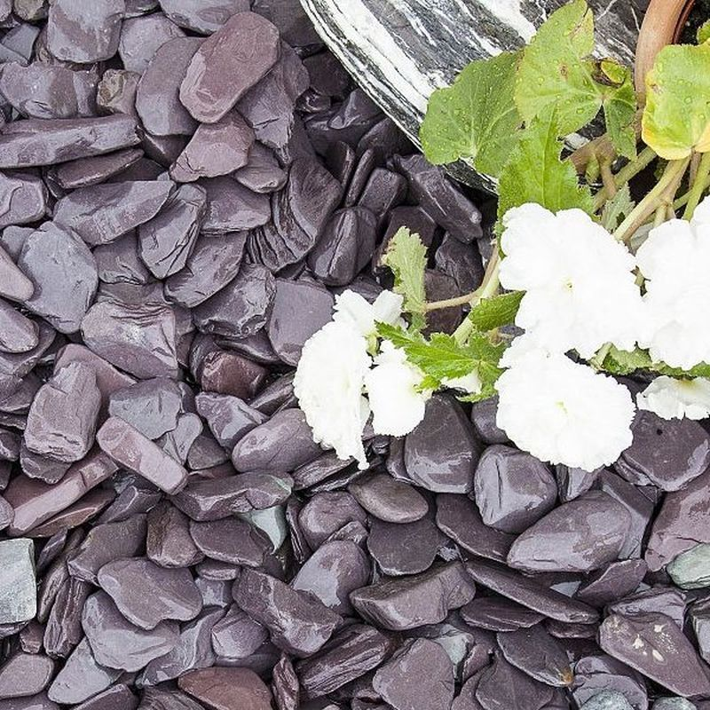 Blue Decorative Slate Chippings 40mm 900kg Bulk Bag