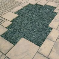 See more information about the Green Decorative Slate 40mm 900kg Bulk Bag