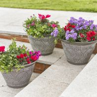 See more information about the Brompton Garden Planters Grey 3 Pack
