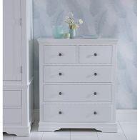 See more information about the Swafield Grey & Pine Chest Of 5 Drawers