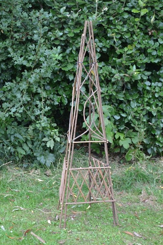 Willow 3 Panel Obelisk 120x32cm Trellis Garden Ornament